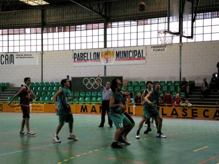 Baloncesto: Buenos partidos del C.B. Jorge Juan en el Pabellón