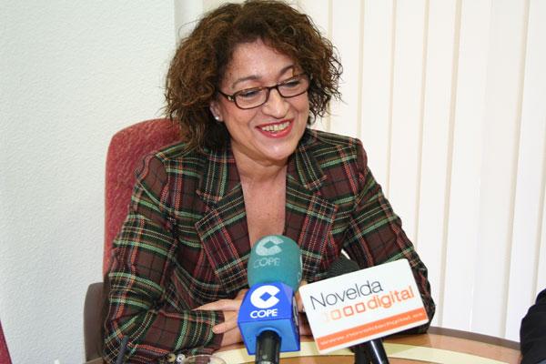 """Juana Serna: """"Llevamos un año de retraso con la Ley de Dependencia"""""""