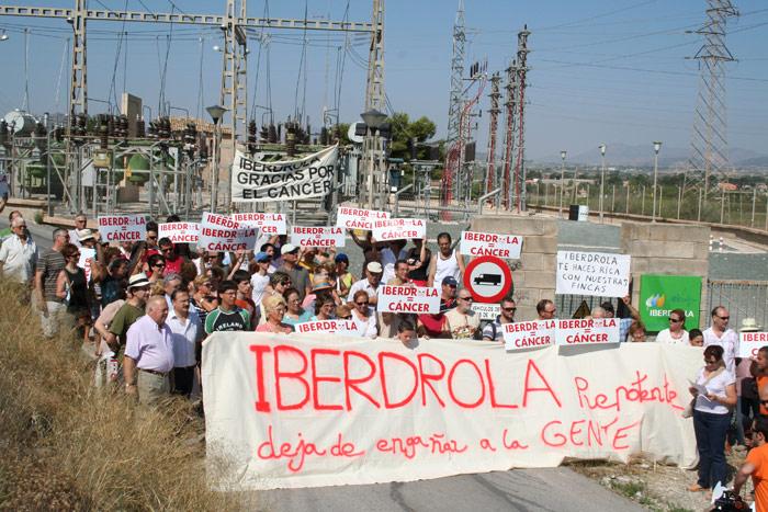 Novelda se manifiesta en contra de Iberdrola