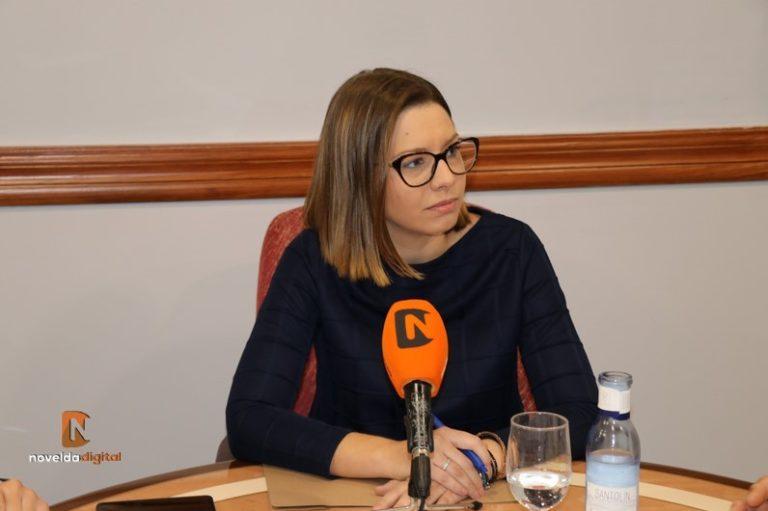 Silvia Anna: «el poder ha hecho que Armando Esteve se quite la careta»