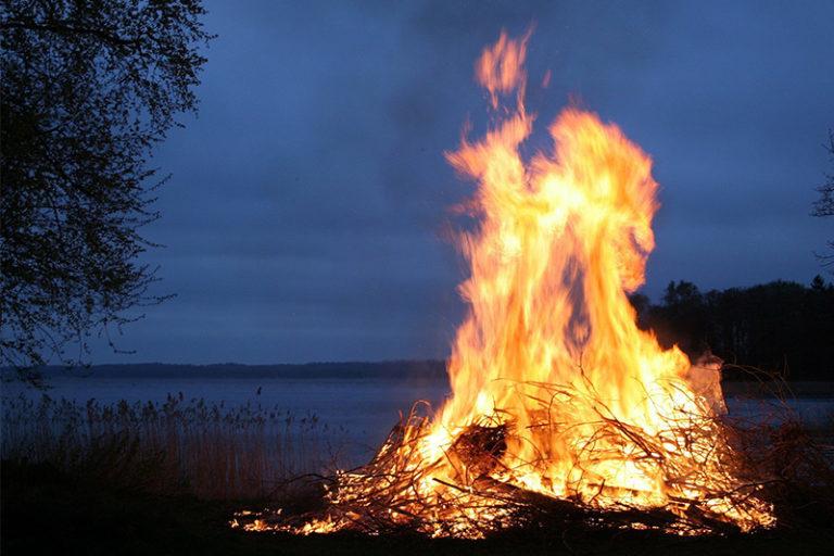 La Conselleria de Agricultura levanta parcialmente la suspensión de las quemas agrícolas