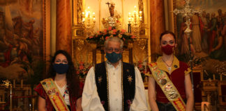 José Eugenio Pérez, junto a Belén Pastor y Alba Galiana