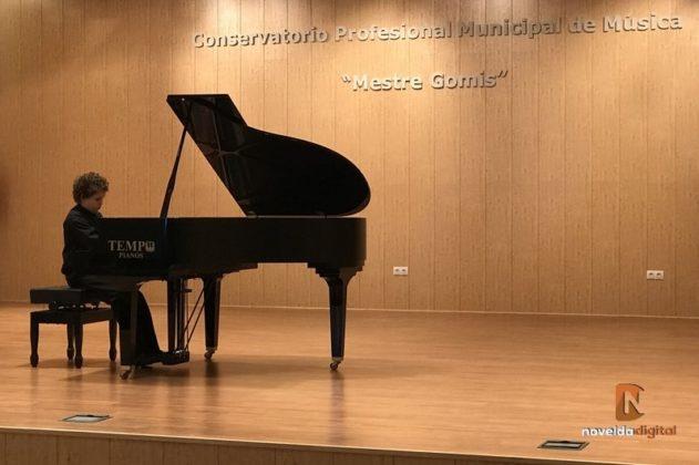 El Ayuntamiento aplaza el inicio del curso del Conservatorio Municipal de Música Mestre Gomis al próximo 13 de octubre.