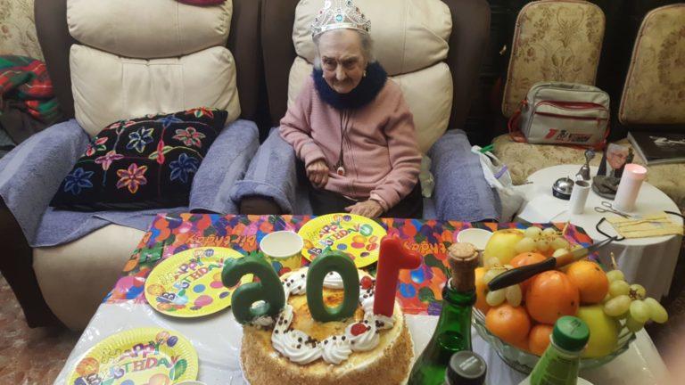 Doña Luisita cumple 106 años