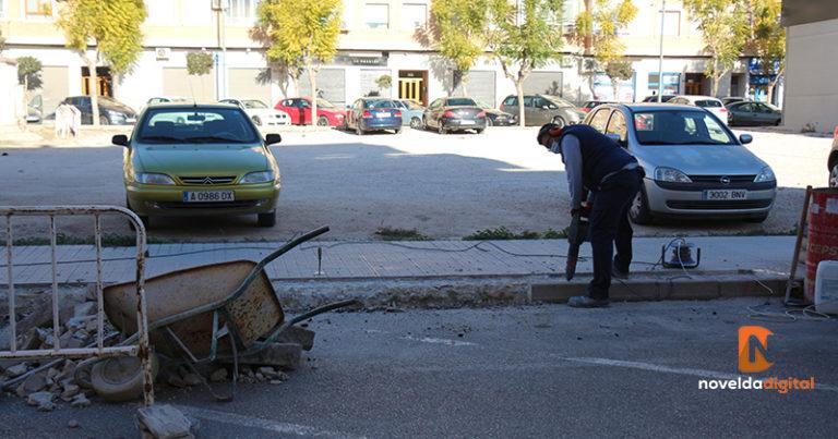 Mejoran y habilitan dos zonas de aparcamiento en Novelda