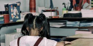aula colegio covid educación