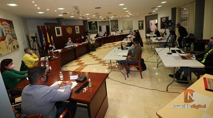 El pleno aprueba por unanimidad la suspensión de la tasa de terrazas hasta diciembre de 2021