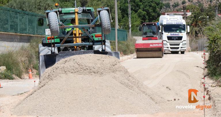 Comienzan las obras de asfaltado en el camino de Las Cuevas
