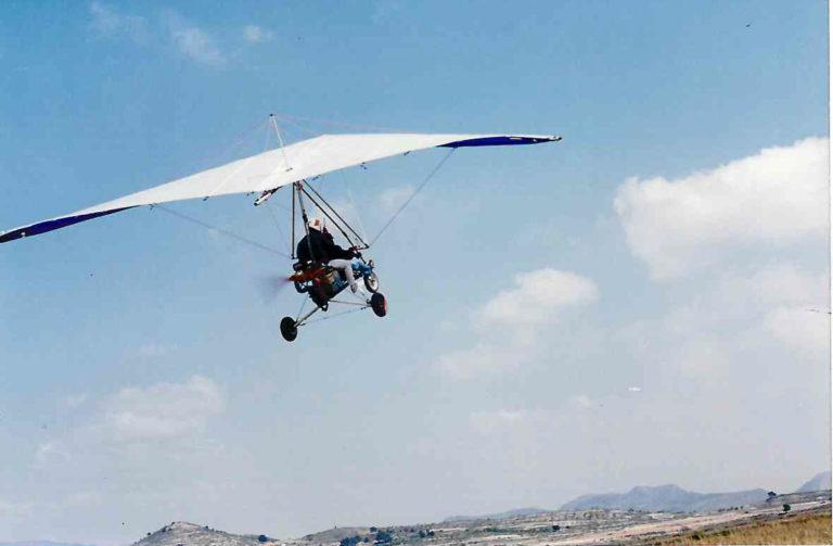 Nº  174) José Rico Amorós (piloto de vuelo con motor; ala delta).-