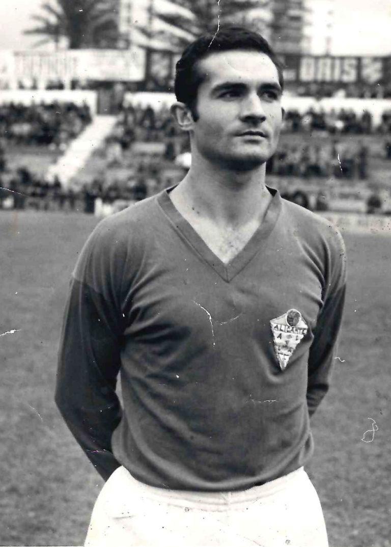 Nº 176) Ramón Santo Campos, «el de los Campitos» (futbolista).-