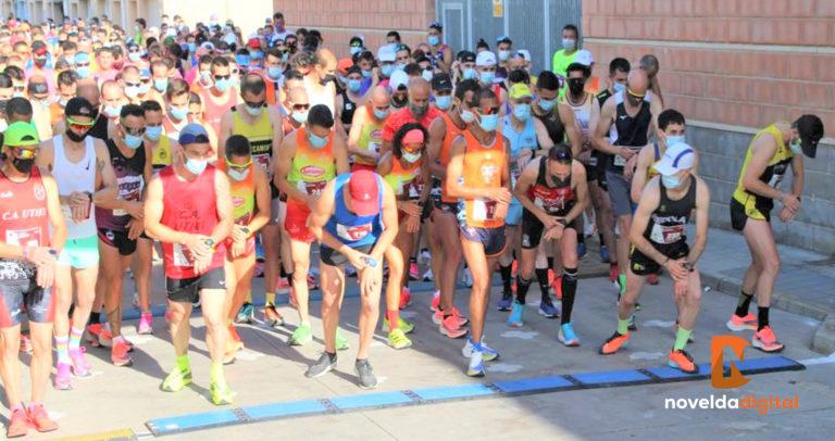 Los corredores del Club Atlético Novelda Carmencita volvieron a competir en una carrera multitudinaria