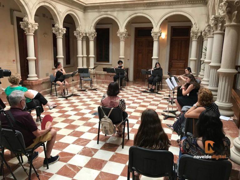 El Gómez Tortosa acoge el primer concierto con público en el patio de columnas