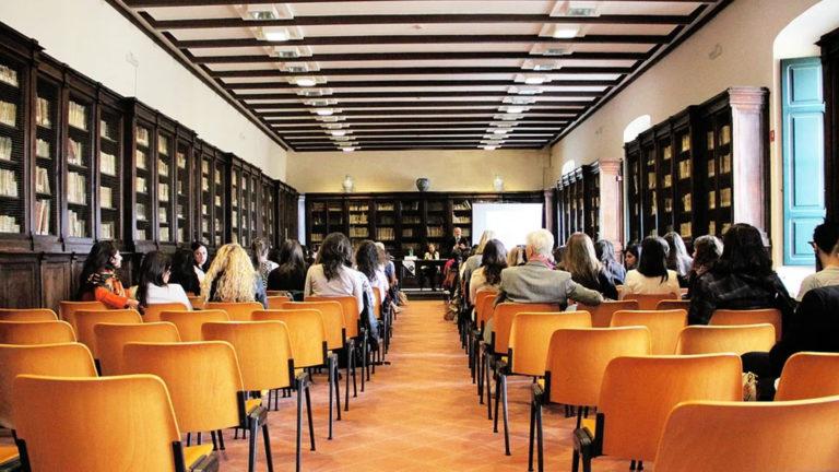 Educación inicia el periodo de admisión para los cursos de especialización de FP