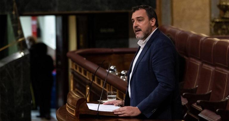 El diputado de Ciudadanos López-Bas exige a ADIF la «sustitución urgente» del paso a nivel de Novelda por una alternativa «más segura»