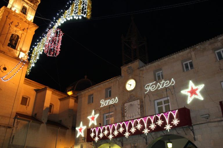 El Ayuntamiento recibe una subvención de Diputación para financiar el gasto de iluminación de las fiestas de Navidad 2020
