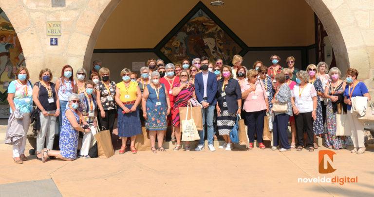La Asociación de Amas de Casa de Novelda celebra el 50 aniversario de su fundación