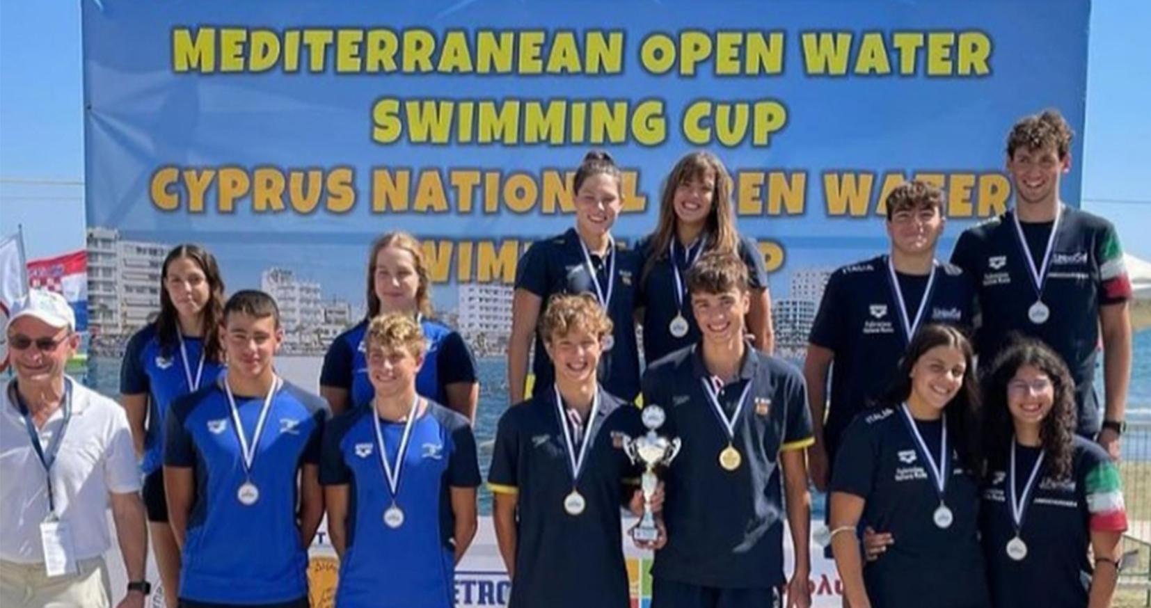 Sara Micó y la selección española ganan el campeonato europeo Copa COMEN de natación en Aguas Abiertas