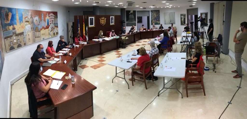 El pleno aprueba el establecimiento y modificación de precios públicos de actividades en la Junta de Gobierno Local