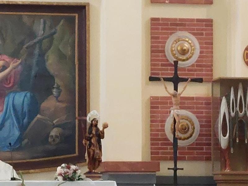 La imagen de la Santa presidió ayer una boda en el Santuario