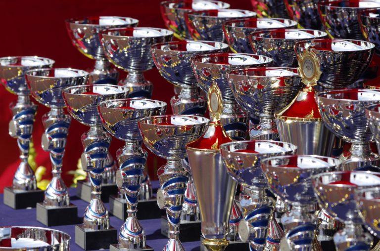 Novelda entre los beneficiarios de las ayudas para adquisición de trofeos y medallas de la Diputación de Alicante