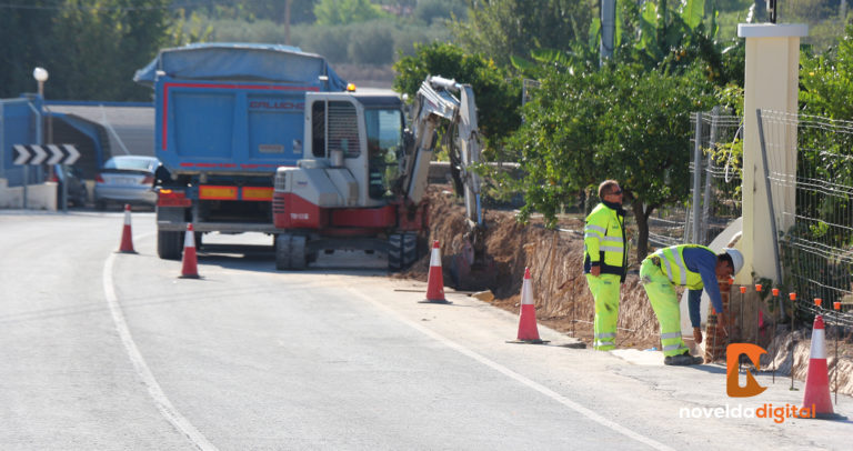 Avanza la prolongación del carril ciclopeatonal en la carretera del Castillo